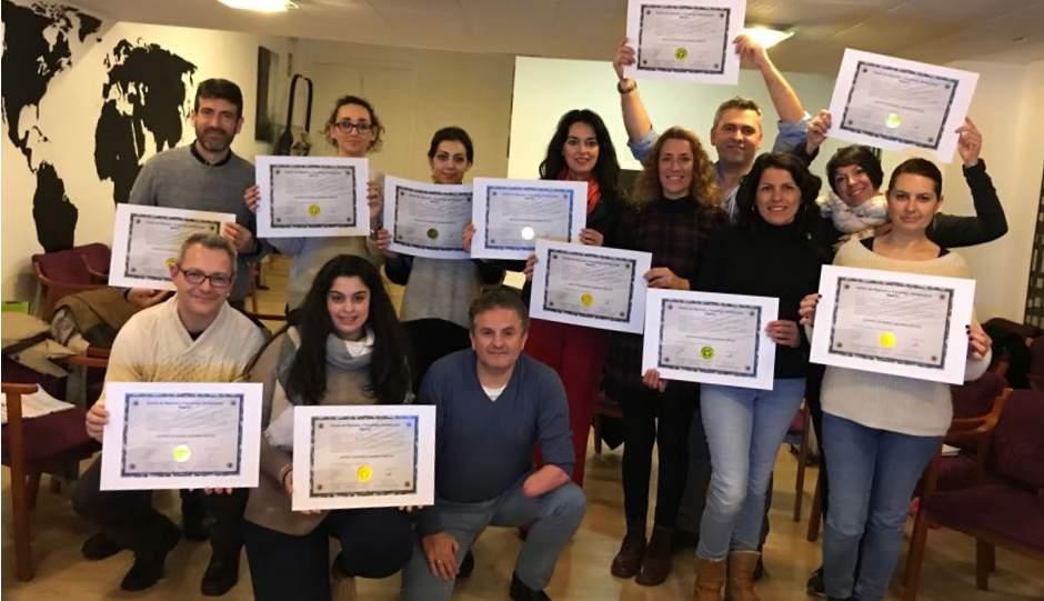 Impartimos cursos de hipnosis Valencia - Clínica profesional