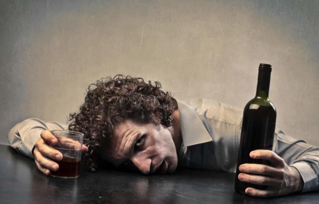 Hipnosis para el tratamiento del alcoholismo Valencia